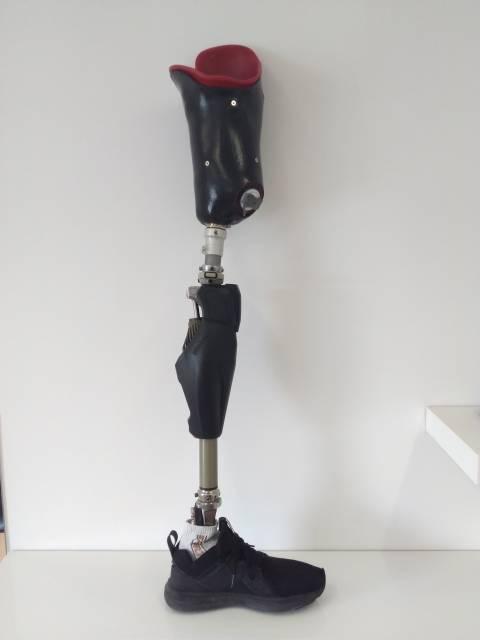 proteza nogi, noga, proteza kończyn, proteza po amputacji, Proteza kosmetyczna palców, Protetica, Łódź, Zagajnikowa 35, poradnia protetyczna